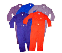 65% POLYESTER /35% COTTON COVERALLS 135,170 GSM